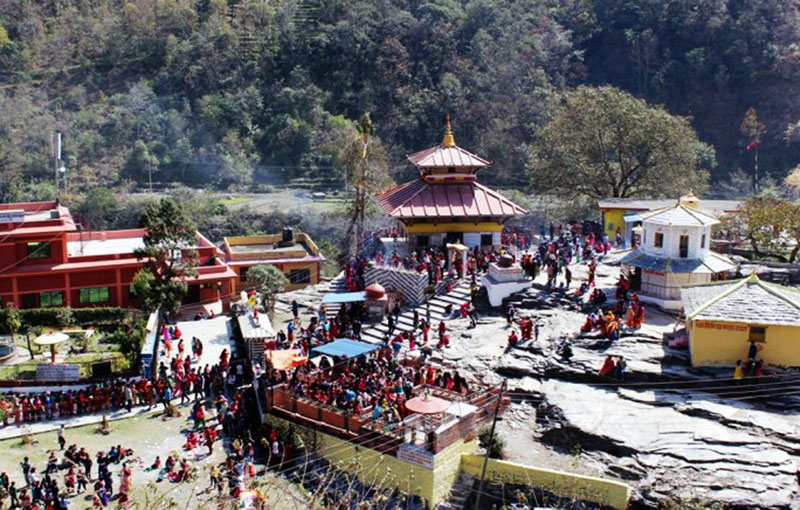 Devotees are seen congregated for scattering Satbij (hundred varieties of holy grains, fruits and coins) on the occasion of Bala Chaturdashi festival, at Galeshwor Shivalaya, also known as another Pashupatinath, in Myagdi district on Monday, November 28, 2016. Photo: RSS