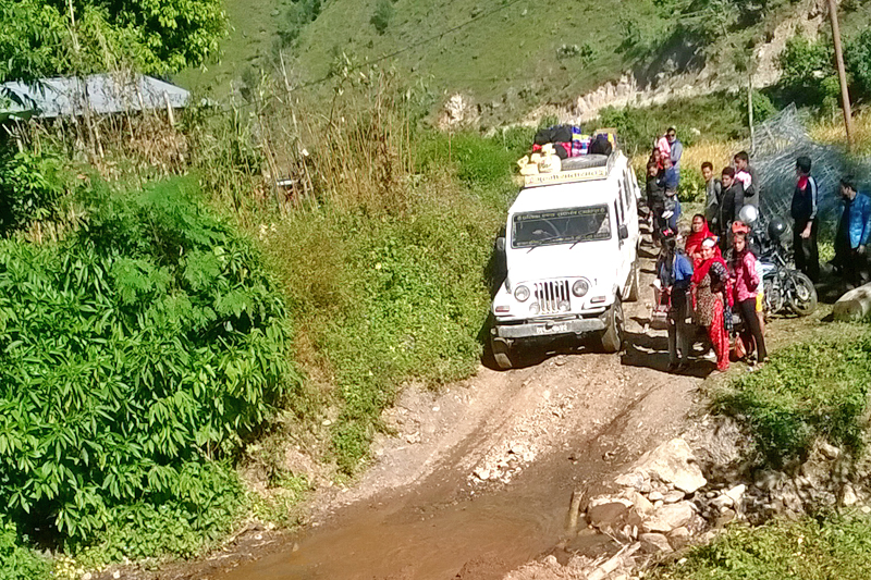Locals look elated as the Mid-Hill Highway comes into operation in Baglung district, on Wednesday, November 9, 2016. Photo: RSS