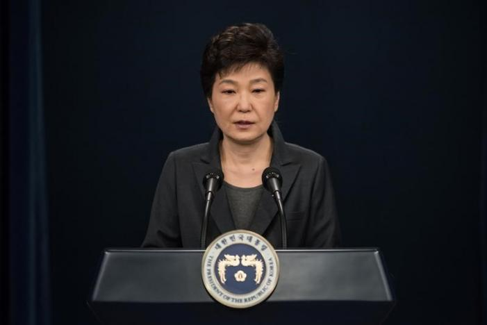 South Korean President Park Geun-Hye speaks during an address to the nation, at the presidential Blue House in Seoul on November 4, 2016. REUTERS/Ed Jones/Pool
