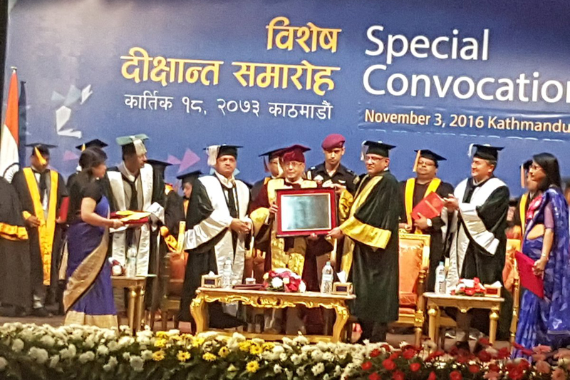 Prime Minister and Kathmandu University Chancellor Pushpa Kamal Dahal confers the honorary degree of Doctor of Letters on visiting Indian President Pranab Mukherjee, in Kathmandu, on Thursday, November 3, 2016. Photo: Indian Embassy in Kathmandu