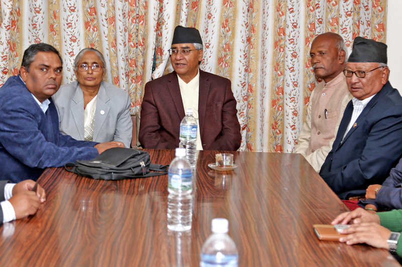 Nepali Congress president Sher Bahadur Deuba holding a discussion with the Federal Alliance leaders about the Constitution amendment at the NC's Parliamentary Party office in Singha Durbar, Kathmandu, on Wednesday, November 16, 2016. Photo: RSS