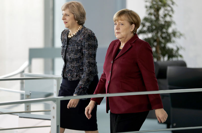 German Chancellor Angela Merkel and Britain's Prime Minister Theresa May arrive for a statement prior to a meeting at the chancellery in Berlin, Germany, on November 18, 2016. Photo: Reuters