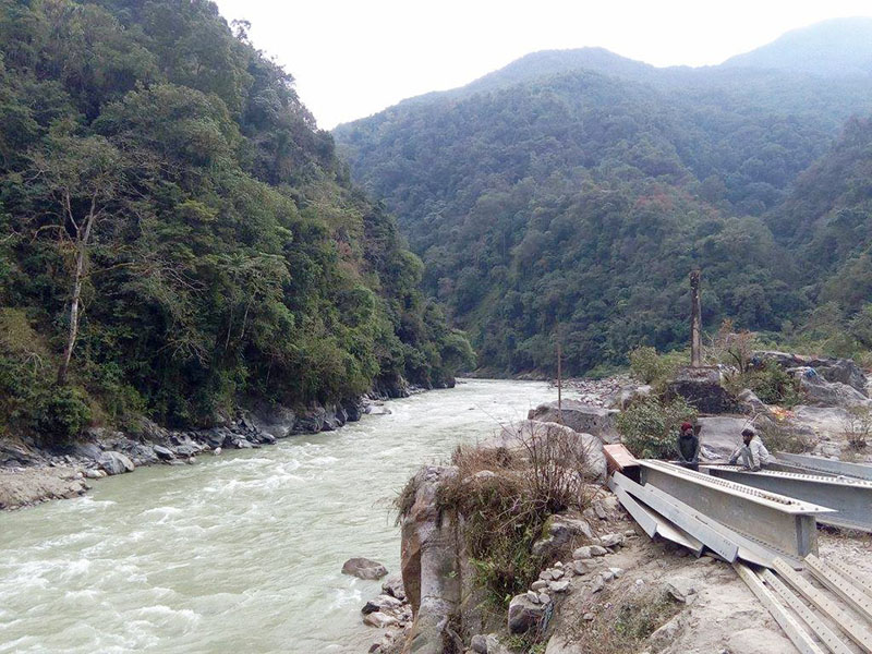 A view of Arun river in Namu VDC-4 of Shankhuwasabha district  on Saturday, December 24, 2016. The construction of bridge over the river comes under Koshi corridor project that links northern neighbour China from Kimathanka of Sankhuwasabha. Photo: RSS