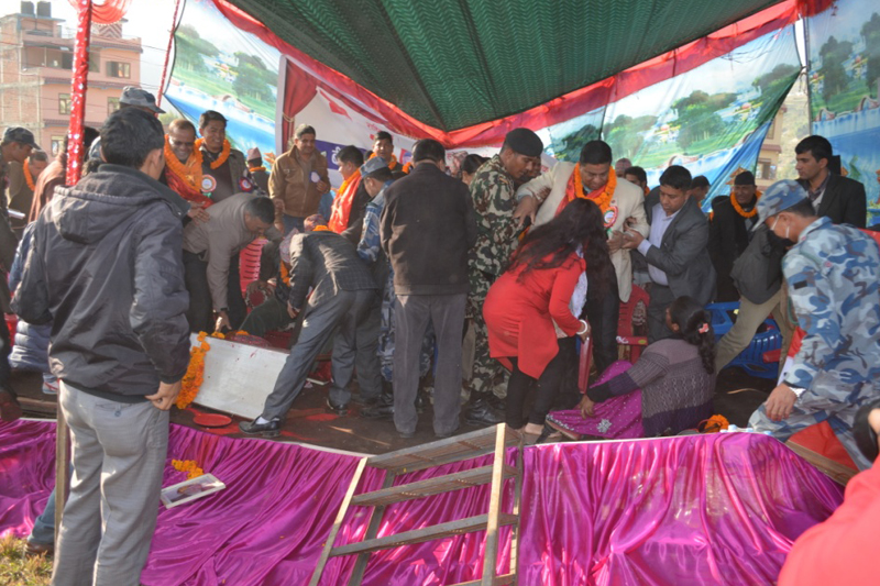 A stage set to orgnise a programme involving various Nepali Congress leader collapses in Dhadingbeshi of Dhading district, on Monday, December 26, 2016. Photo: RSS
