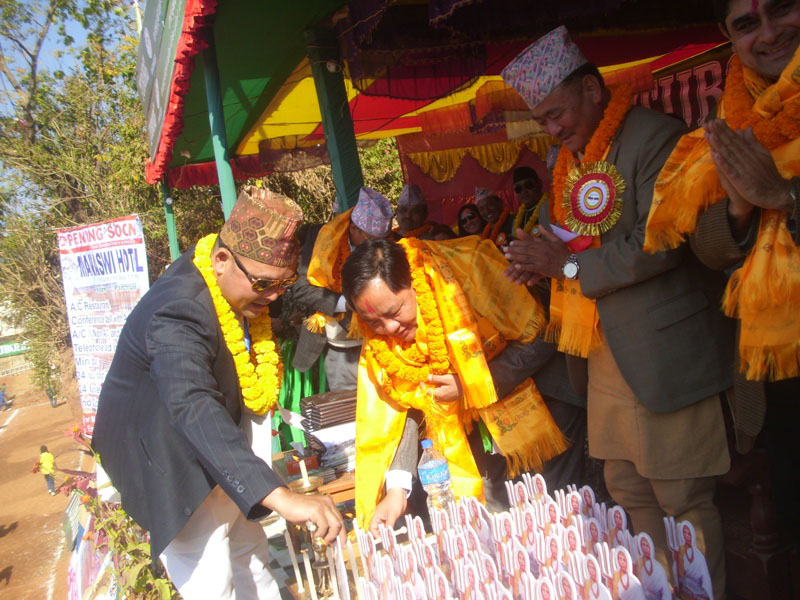 State Minister for Federal Affairs and Local Development Shree Prasad Jabegu inaugurating the Falgunanda Gold Cup in Phidim on Friday, December 30, 2016. Photo: THT