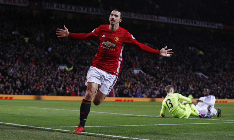 Manchester United's Zlatan Ibrahimovic celebrates scoring their second goal as Sunderland's Jordan Pickford looks dejected. Photo: Reuters