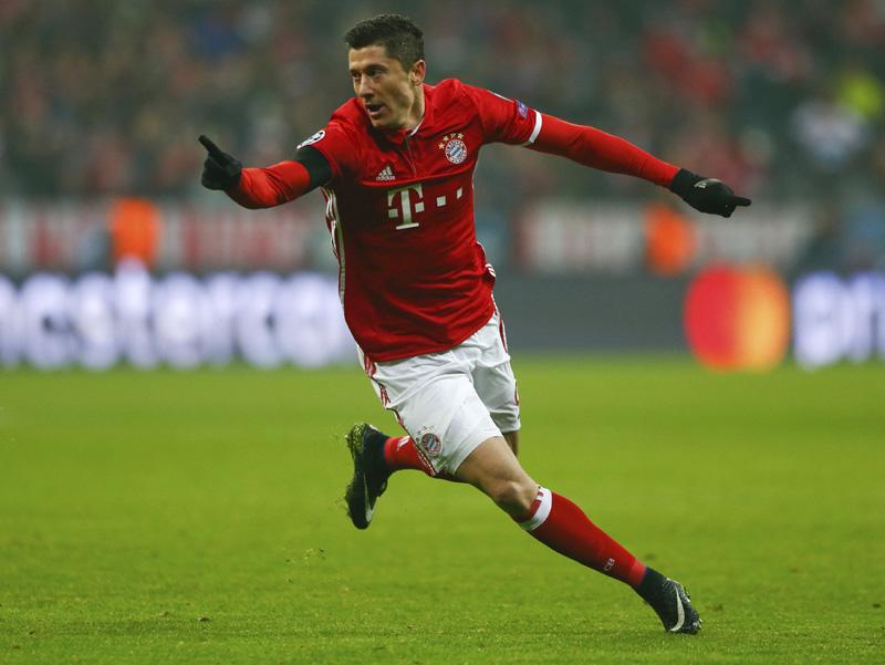 Bayern Munich's Robert Lewandowski reacts after scoring a goal. Photo: Reuters