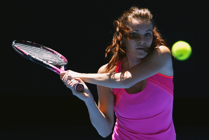 Poland's Agnieszka Radwanska hits a shot during a training session ahead of the Australian Open tennis tournament in Melbourne, Australia, January 15, 2017. Photo: Reuters