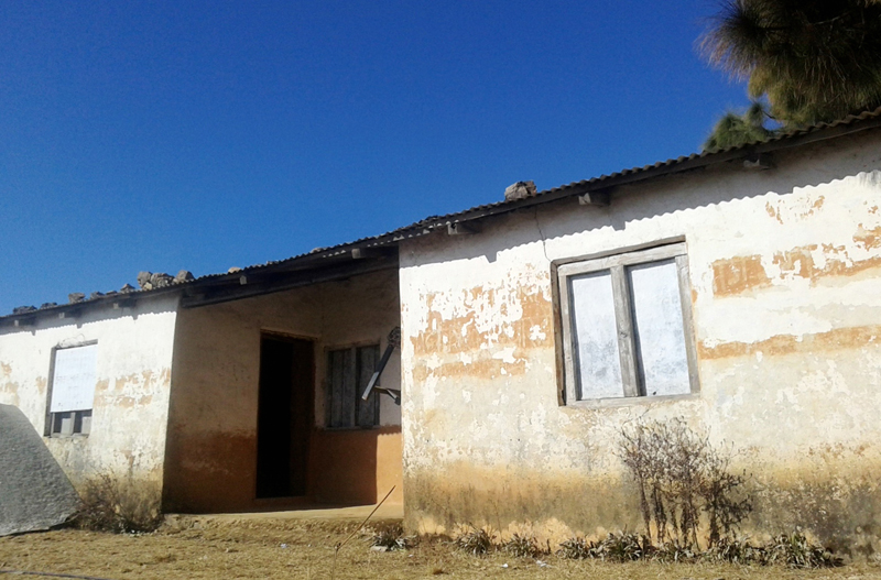 The Melauli Area Post Office in Baitadi district looks abandoned due to lack of required renovation, on Thursday, January 26, 2017. Photo: RSS