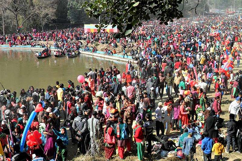 People gather ashore the Barhakune Daha on the occasion of Maghe Sankranti festival, in Dang on Saturday, January 14, 2017. Photo: RSS