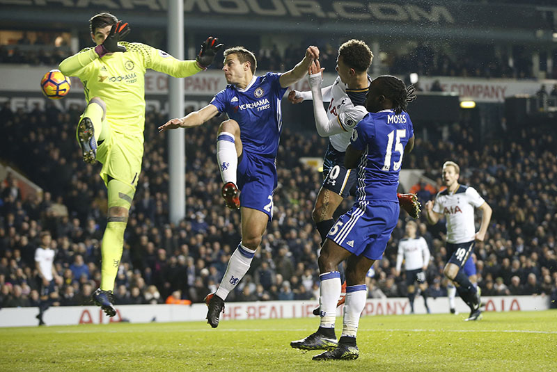 Tottenham's Dele Alli (second right) scores a goal during the English Premier League soccer match between Tottenham Hotspur and Chelsea at White Hart Lane stadium in London, on Wednesday, January 4, 2017. Photo: AP
