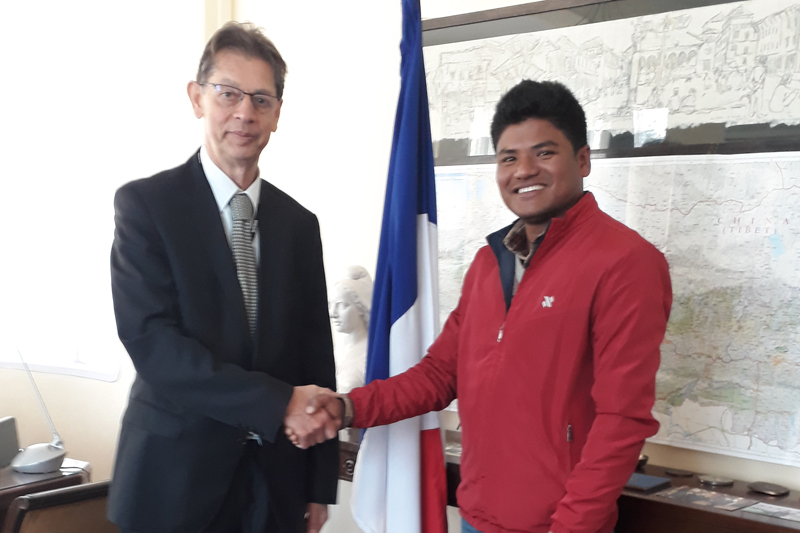 French Ambassador to Nepal Yves Carmona (left)  meets Nepali farmer Sudarshan Chaudhary to inform him about an award to his farm from the French government, in Kathmandu, on Monday, January 2, 2017. Photo: French Embassy in Kathmandu