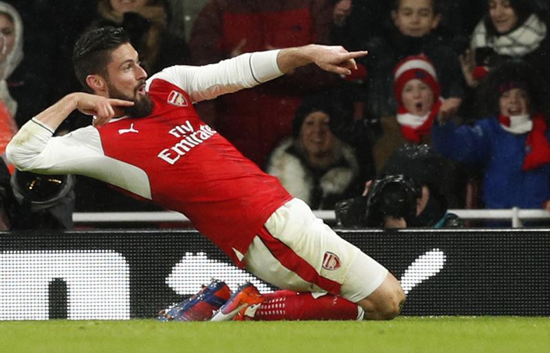 Arsenal's Olivier Giroud celebrates scoring their first goal. Photo: Reuters