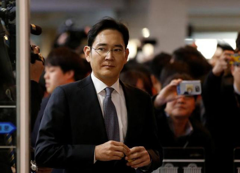 Samsung Electronics vice chairman Jay Y Lee arrives to attend a hearing at the National Assembly in Seoul, South Korea, on December 6, 2016. Photo: Reuters