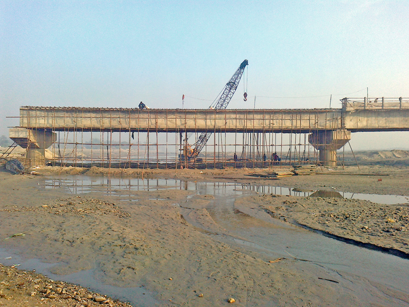 An under-construction bridge over the Mechi River in Bhadrapur of Jhapa district, on Monday, January 23, 2017. Photo: RSS