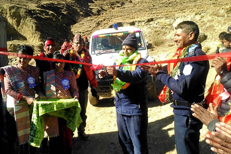 Chief District Officer Rudra Prasad Pandit inaugurates the ambulance services started with the help of Indian government in Jumla, on Sunday, 15 January 2017. Photo: RSS