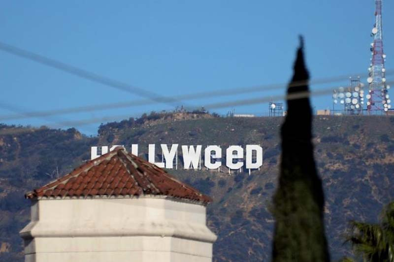 File-A view shows the ''iconic ''Hollywood'' sign overlooking Southern California's film-and-television hub, which was defaced overnight in the Hollywood Hills in Los Angeles, California, US on January 1, 2017. Photo: Reuters