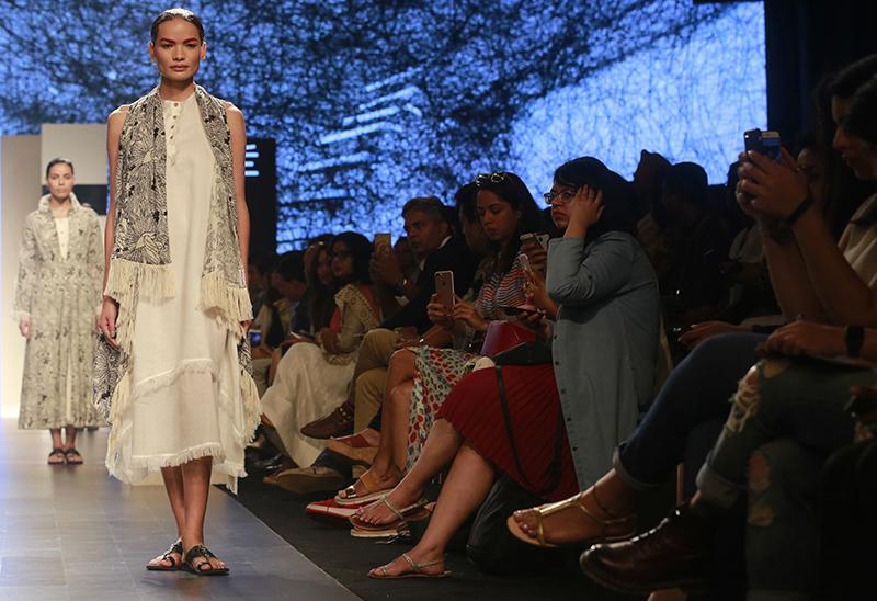 Anjali Lama displays a creation by designer Gen Next during Lakme Fashion week in Mumbai, India, on February 1, 2017. Photo: AP