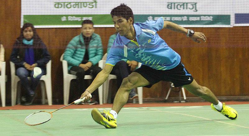 Ratnajit Tamang of Tribhuvan Army Club returns to Prince Dahal of Nepal APF Club during their menu2019s singles semi-final match of the 13th Krishnamohan Memorial Open Badminton Tournament in Kathmandu on Wednesday, February 1, 2017. Photo: Udipt Singh Chhetry/THT
