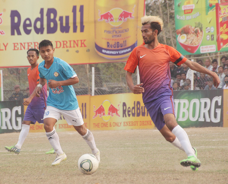 Action in the match between Dharan Football Club and Kaski-XI during the 19th Red Bull Budha Subba Gold Cup in Dharan on Sunday, February 19, 2017. Photo: THT