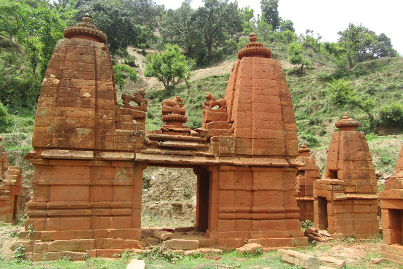 Old temples wear a deserted look due to lack of conservation at Latamandu VDC-2 in Doti district, on Thursday, February 9, 2017. Photo: RSS
