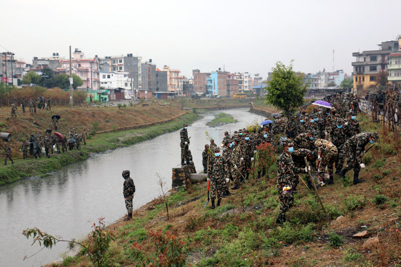 Nepal Army personnel take part in the Bagmati Clean-up Campaign, in Kathmandu, on Saturday, March 11, 2017. Photo: RSS