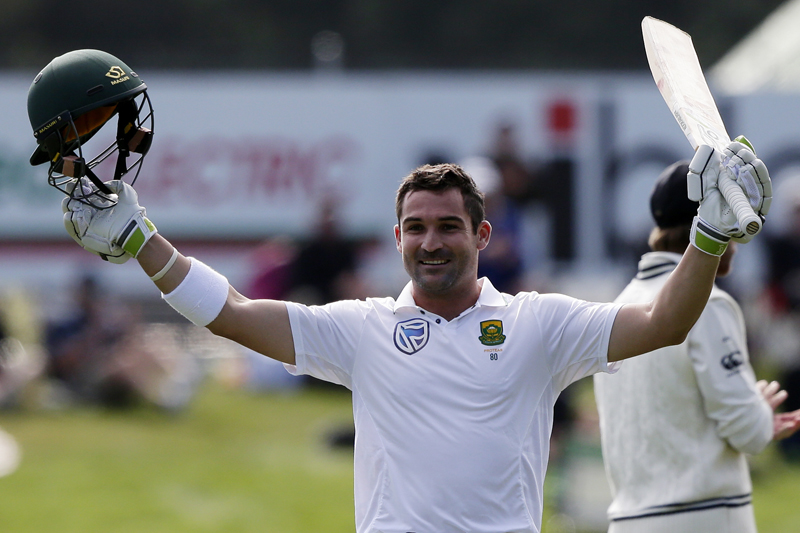 South Africa's Dean Elgar celebrates after scoring a century during the first cricket test against New Zealand at University Oval, Dunedin, New Zealand, Wednesday, March 8, 2017. Photo: AP