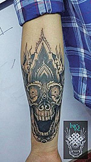 Ink's Inc_hand tattoo