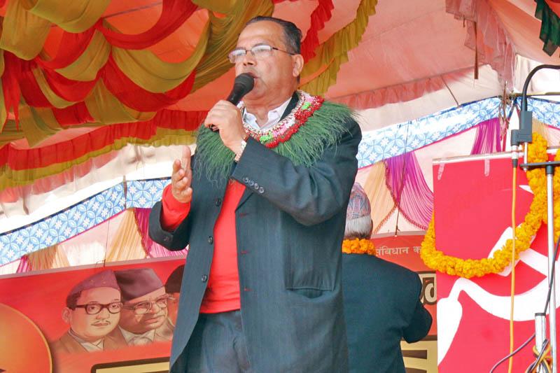 CPN-UML senior leader Jhala Nath Khanal addresses a mass assembly at Bhumahi of Nawalparasi district, on Sunday, March 12, 2017. Photo: RSS