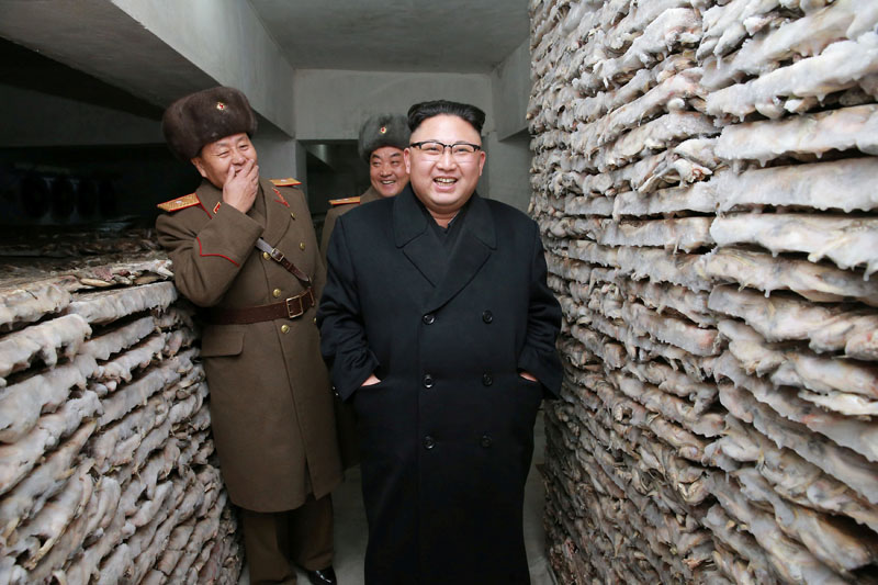 North Korean leader Kim Jong Un is pictured at the Headquarters of Large Combined Unit 966 of the Korean People's Army (KPA) in this undated photo released by North Korea's Korean Central News Agency (KCNA) in Pyongyang on March 1, 2017. Photo: KCNA via Reuters