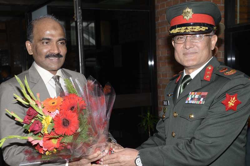 Nepal Army Major General Binod Kumar Shrestha welcomes Sri Lanka's Army Chief Lieutenant General AWJ Crishanthe De Silva  upon his arrival at the Tribhuvan International Airport in Kathmandu, on Tuesday, March 14, 2017. Photo: Nepal Army