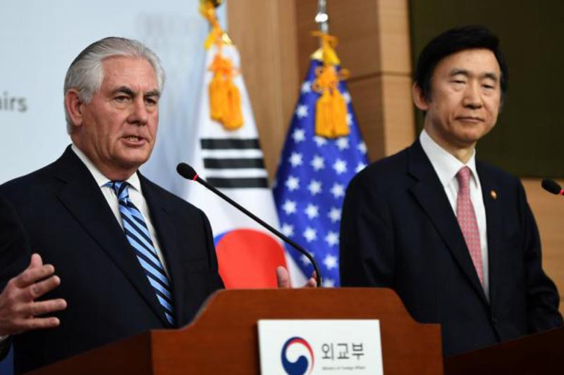 US Secretary of State Rex Tillerson (L) speaks as South Korean Foreign Minister Yun Byung-Se looks on during a news conference in Seoul, South Korea on March 17, 2017. Photo: REUTERS