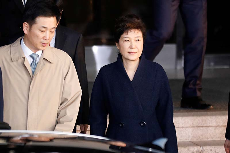 South Korea's ousted leader Park Geun-hye leaves a prosecutor's office in Seoul, South Korea, on March 22, 2017. Photo: Reuters