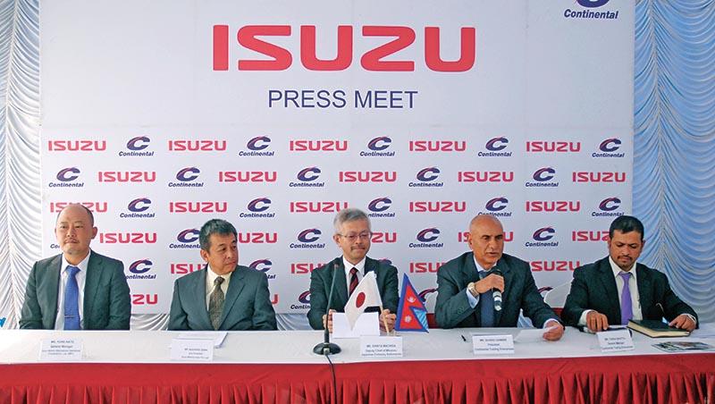 Sudhir Ghimire, president of Continental Trading Enterprises, addressing a press meet, in Kathmandu, on Thursday, March 16, 2017. Photo: THT