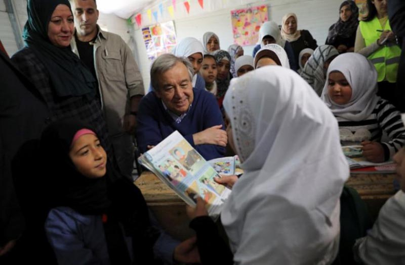 United Nations Secretary General Antonio Guterres (C) speaks to Syrian refugees during his visit to Al Zaatari refugee camp in the Jordanian city of Mafraq, near the border with Syria March 28, 2017.Photo: Reuters