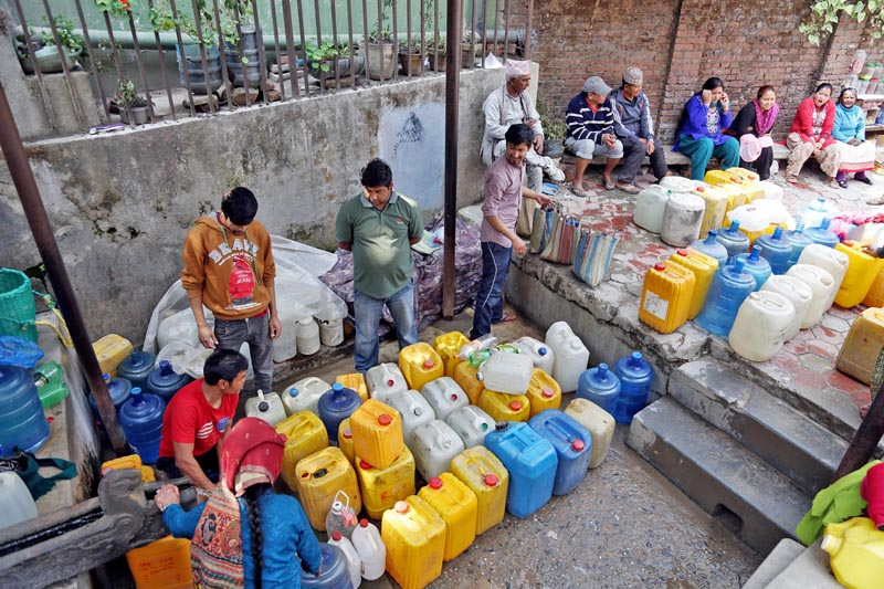 Locals put their jerry cans in queue to fill water in Ranibari of Kathmandu, on Wednesday, March 22, 2017. Photo: RSS