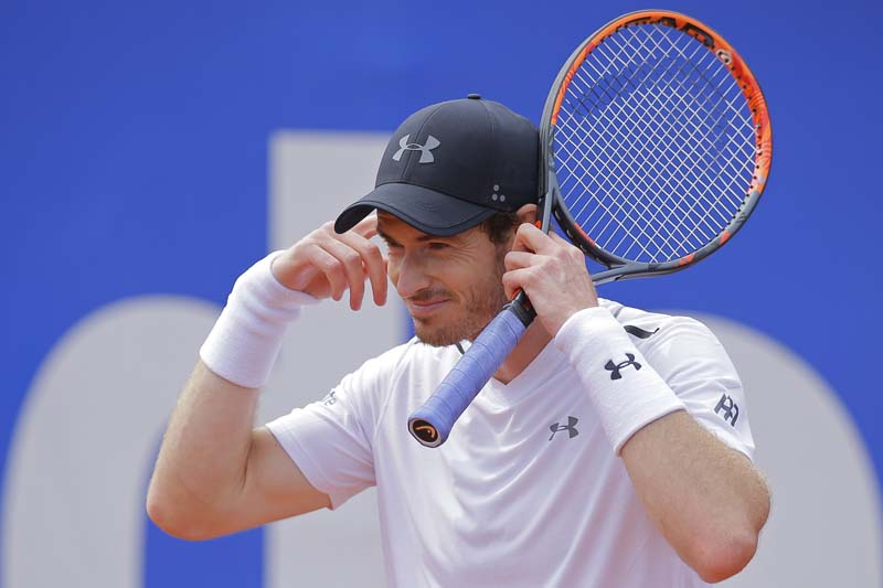 Andy Murray of Britain gestures during his match against Dominic Thiem of Austria in a semifinal match at the Barcelona Open Tennis Tournament in Barcelona, Spain, on Saturday, April 29, 2017. Photo: AP