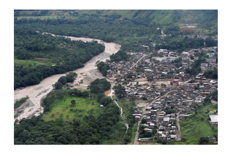 An aerial view shows a flooded area after heavy rains caused several rivers to overflow, pushing sediment and rocks into buildings and roads in Mocoa, Colombia April 1, 2017. Photo: Reuters