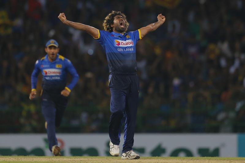 Sri Lanka's Lasith Malinga celebrates taking the hat trick wicket dismissing Bangladeshi batsman Mehedi Hasan Miraz during the second Twenty20 cricket match between Sri Lanka and Bangladesh in Colombo, Sri Lanka, Thursday, April 6, 2017. Photo: AP