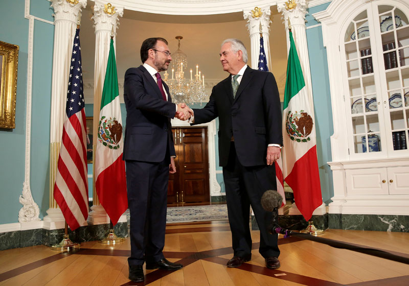 US Secretary of State Rex Tillerson shakes hands with Mexican Foreign Minister Luis Videgaray at the State Department  in Washington, US, on April 5, 2017. Photo: Reuters