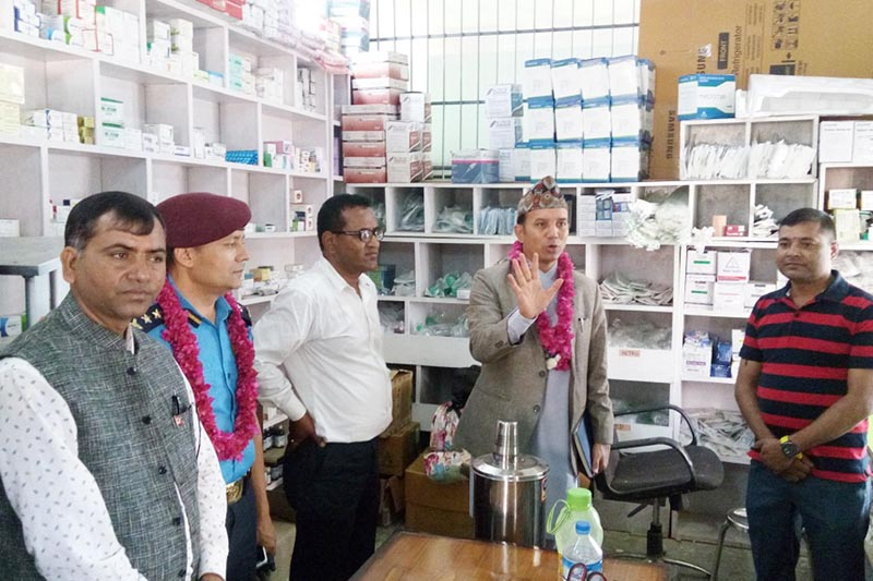 Chief District Officer Uttar Kumar Khatri inaugurates the newly launched pharmacy at the Mechi Hospital in Bhadrapur, on Sunday, April 9, 2017. Photo: RSS