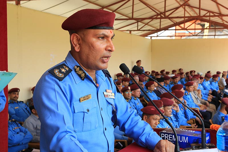 Newly appointed IGP Prakash Aryal directs the rank and file of the police force to be dutiful, at a programme in police headquarters in Naxal, Kathmandu, on Tuesday, April 11, 2017. Photo: RSS