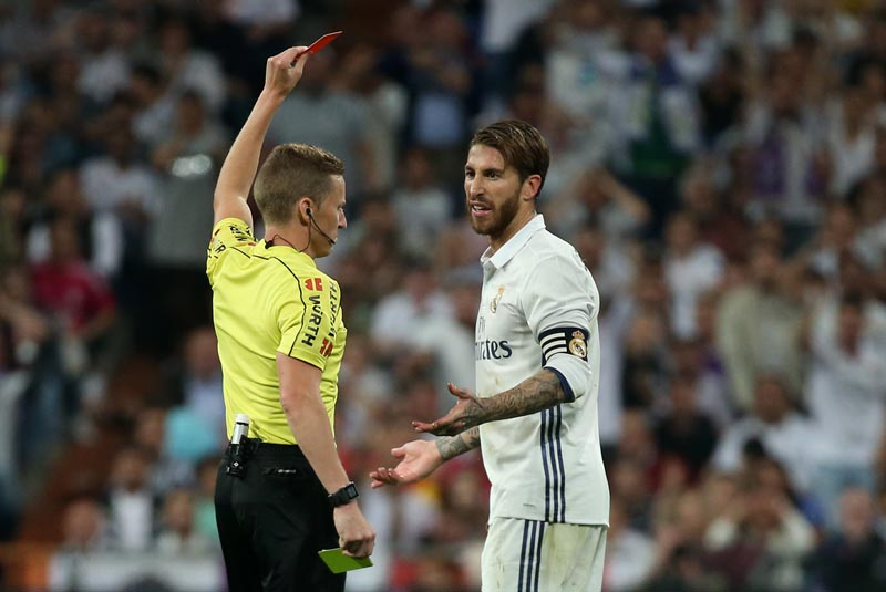 Real Madrid's Sergio Ramos is shown a red card by referee Alejandro Hernandez. Photo: Reuters