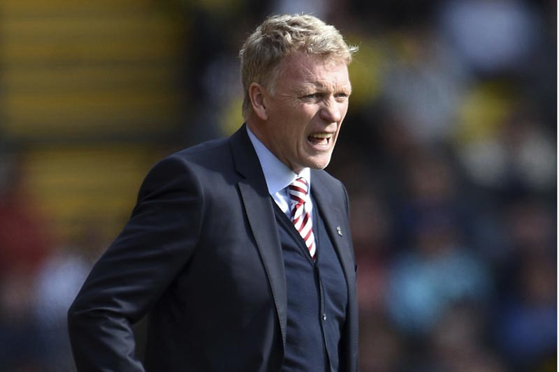 Sunderland manager David Moyes issues instructions to team members, during their game against Watford during their English Premier League soccer match at Vicarage Road in Watford, England, on Saturday April 1, 2017. Photo: Daniel Hambury via AP