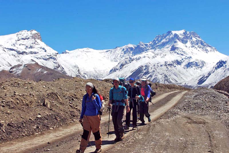 Tourists heading towards Jomsom in Mustang district, on Monday, April 10, 2017. Photo: RSS