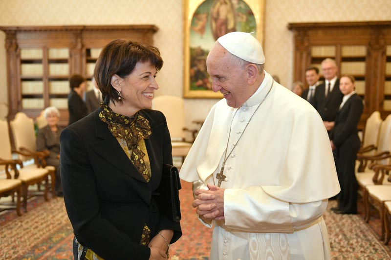 Pope Francis talks with President of Switzerland Doris Leuthard during a meeting at the Vatican on May 6, 2017. Photo: Reuters