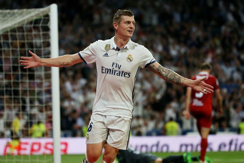 Real Madridu2019s Toni Kroos celebrates scoring their fourth goal. Photo: Reuters