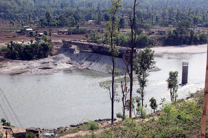 A bridge being constructed at Gurvakot Municipality-8 over the Bheri river in Surkhet, on Friday, June 2, 2017. Photo: RSS