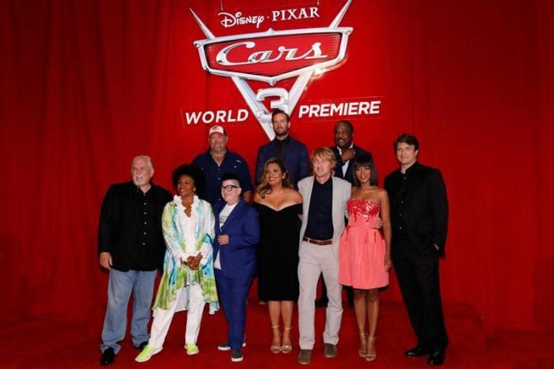 Cast members (L-R) John Ratzenberger, Jenifer Lewis, Larry the Cable Guy, Lea DeLaria, Armie Hammer, Cristela Alonzo, Owen Wilson, Isiah Whitlock Jr., Kerry Washington and Nathan Fillion pose at the premiere of 'Cars 3' at the convention center in Anaheim, California US, on June 10, 2017. Photo: Reuters