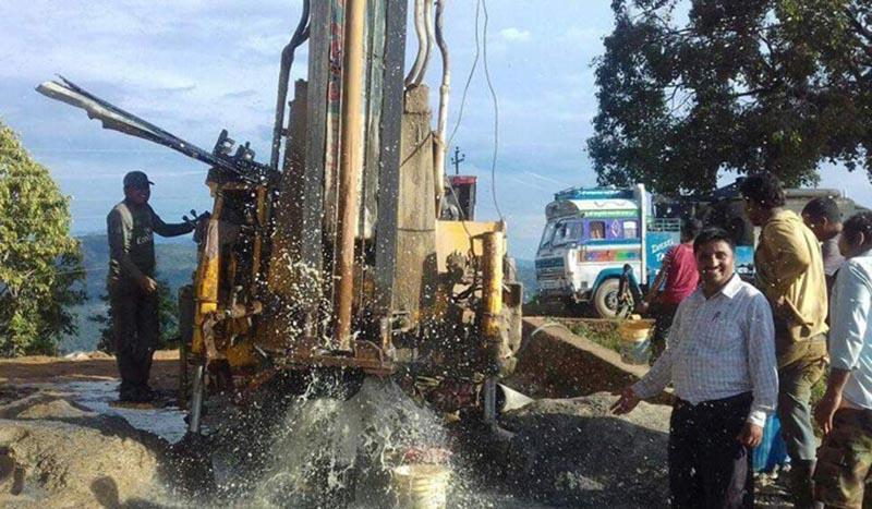 A Bore-well driller machine drilling a deep bore-well in Sukhadanda, in Jwalamukhi Rural Municipality of Dhading district, on Thursday, June 29, 2017. Photo: Keshav Adhikari/THT